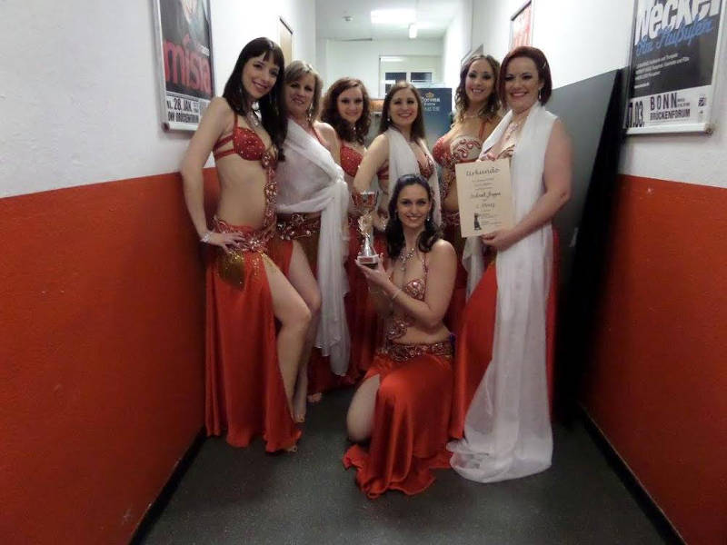 Belgisch buikdansteam valt in de prijzen in Duitsland